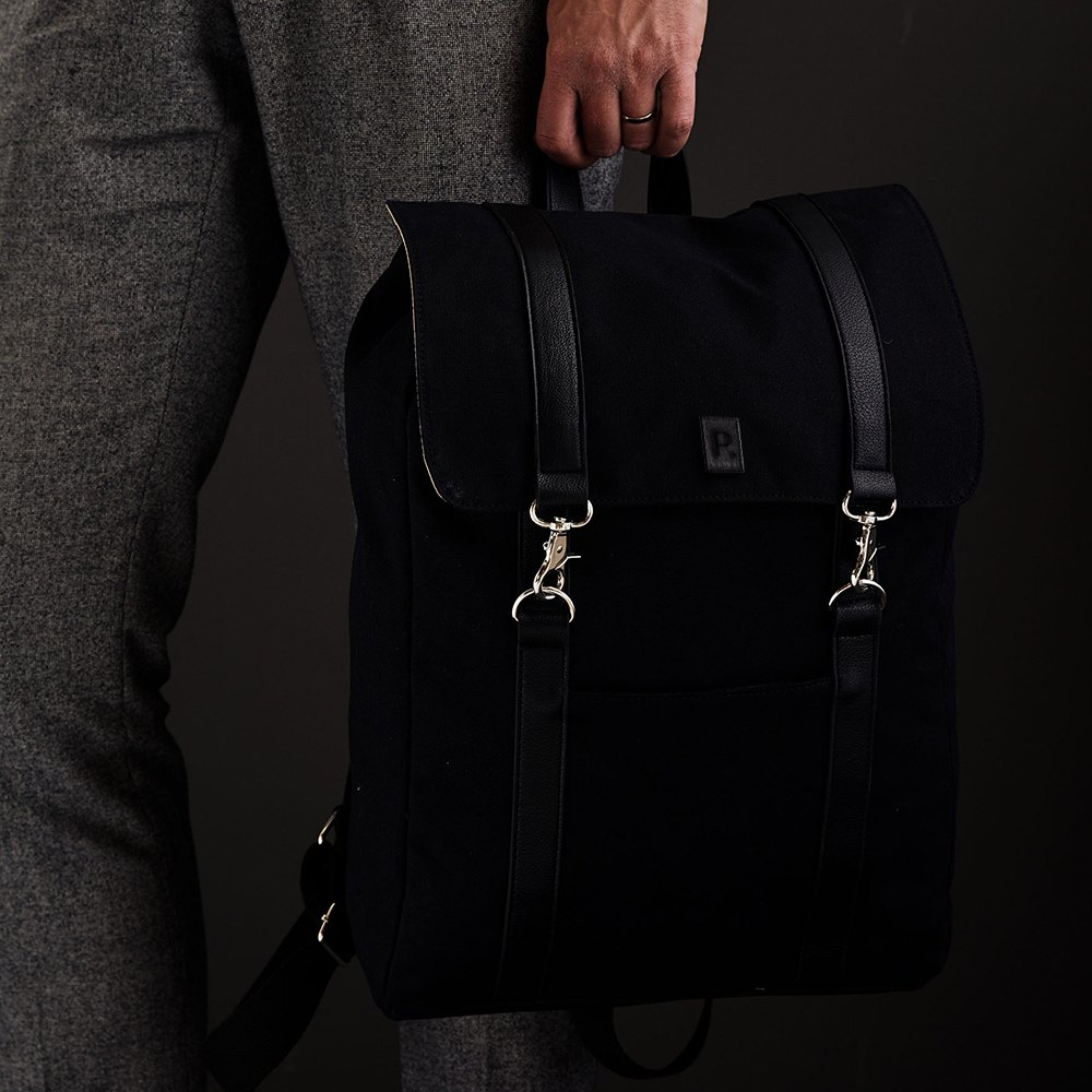 laptop-backpack-with-corporate-logo